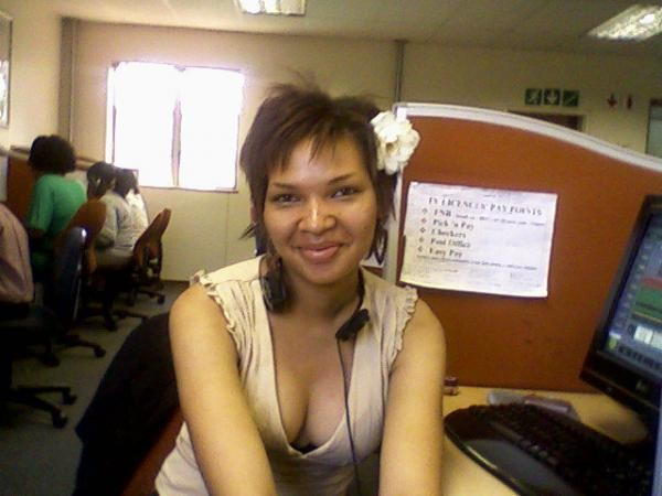 shele dating site